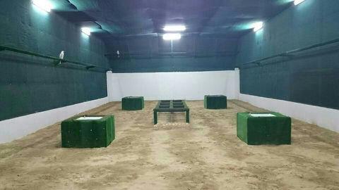 افتتاح مقيض بالغاليه للصقور في منطقة العين طريق دبي