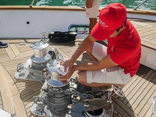 شركة Xclusive Marine المتخصصة في صيانة اليخوت والقوارب في دبي